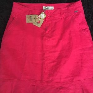 """""""Time out"""" 💯linen skirt, size 8, NWT"""